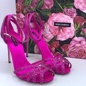 NIB $1150 DOLCE & GABBANA Pink Crystal Sandals